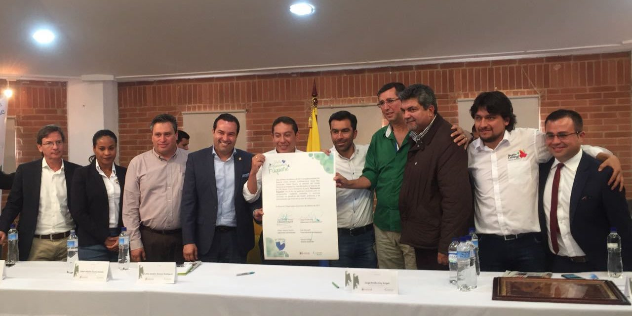 "Región Central firma pacto ""Revivamos Fúquene"""