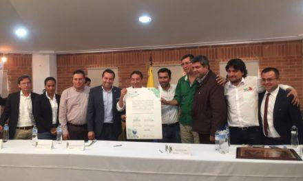 "Región Central firma pacto ""Revivamos Fúquene"""