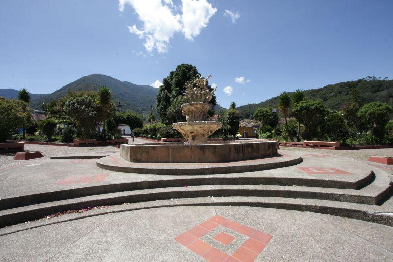 La RAP-E busca integrar los 316 municipios que la conforman