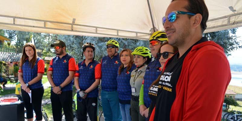 #Biciregión fortalece el turismo en bicicleta por Cundinamarca .