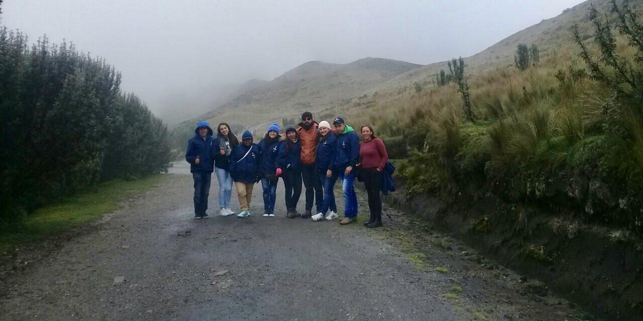 Nueve 'Guardapáramos voluntario' se encuentran en Quito (Ecuador) aprendiendo sobre la conservación de lo páramos