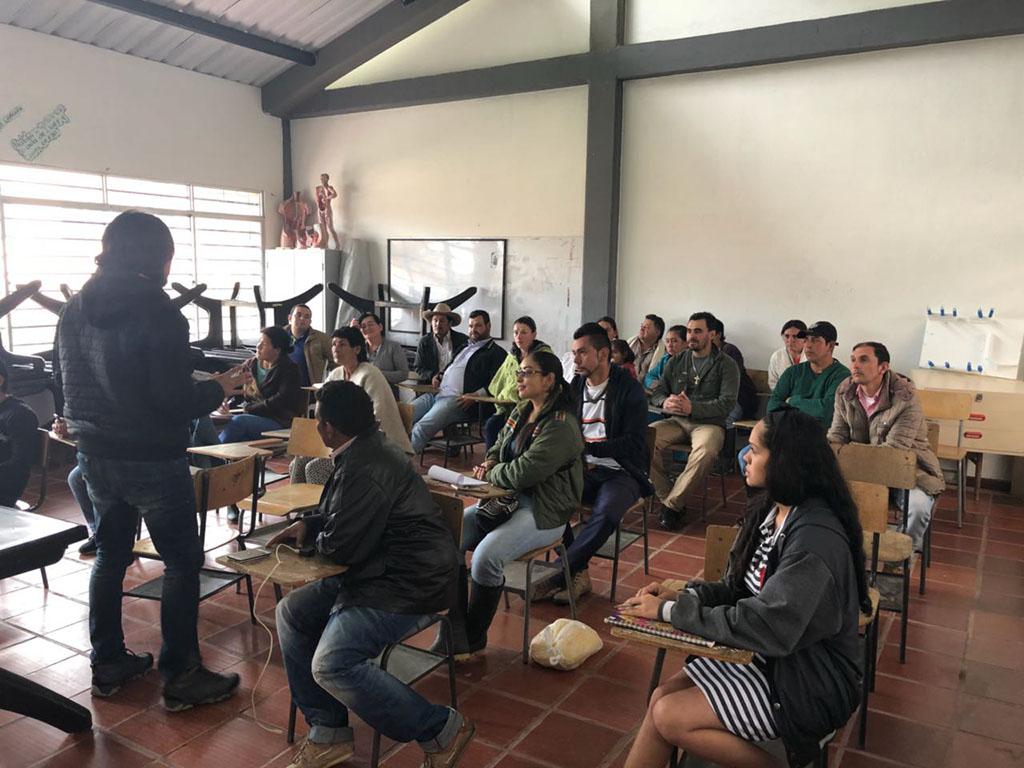 TALLERES DE PROMOTORES AMBIENTALES EN LOS MUNICIPIOS