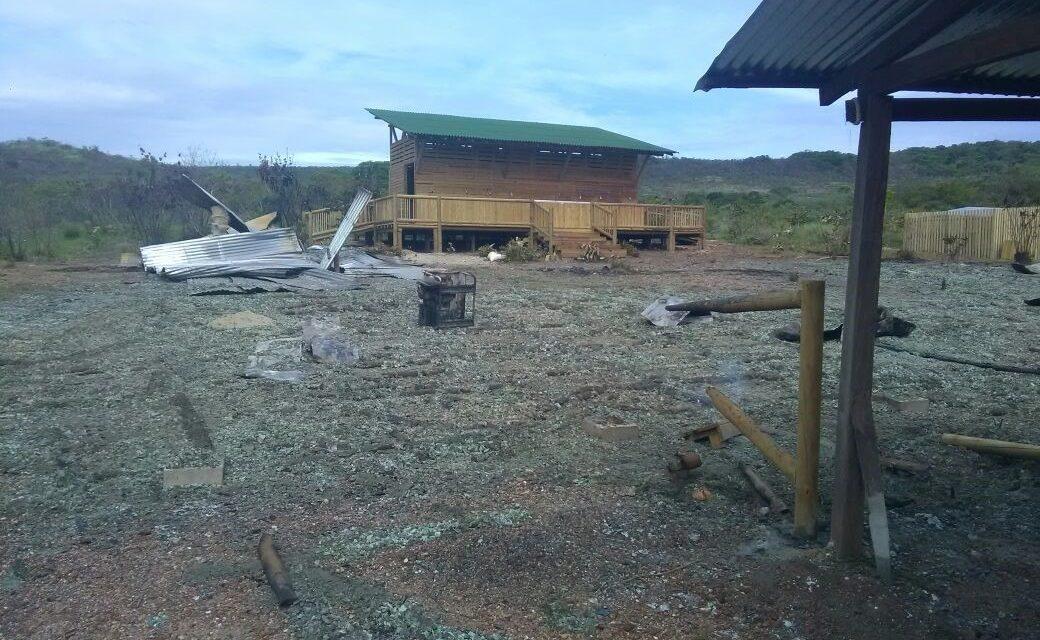 EL GOBIERNO DEL META RECHAZÓ LA DESTRUCCIÓN DE LA CABAÑA PARA VISITANTES DE CAÑO CRISTALES, EN LA MACARENA
