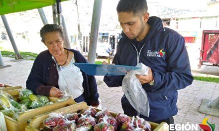 CAMBIO VERDE ENTREGÓ EN SOACHA MÁS DE 1.600 LIBRAS DE ALIMENTOS