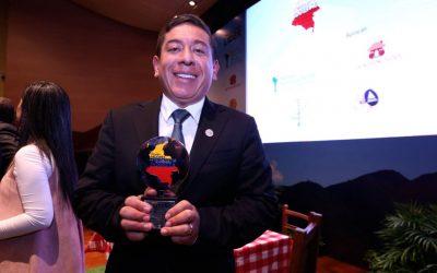 Gobernador de Boyacá, el mejor gobernante del país en la superación de la pobreza