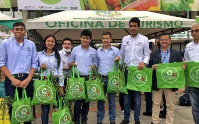 eltiempo.com – En la Región Central cambian reciclaje por alimentos frescos