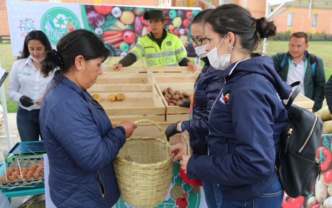 Exitosa jornada de entrega de alimentos en Tunja