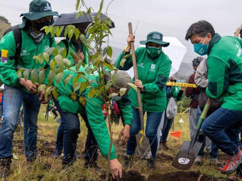DISTRITO Y GOBIERNO NACIONAL ACUERDAN MEDIDAS PARA REDUCIR EL HACINAMIENTO CARCELARIO