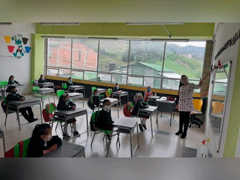 EL 92% DE LAS INSTITUCIONES EDUCATIVAS DE BOYACÁ ESTÁN EN PRESENCIALIDAD