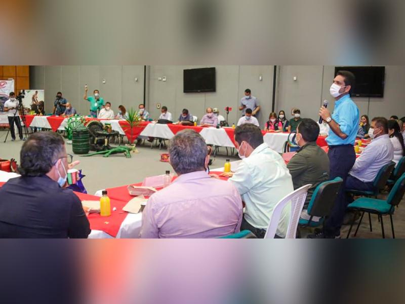 PRIMER CENTRO DE ACOPIO DE LLANTAS USADAS